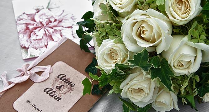Matrimonio Tema Bianco : Abbobbi floreali centrotavola e bouquet a tema bianco verde