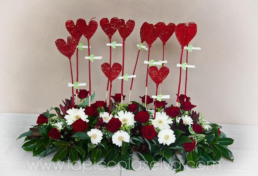 tableau matrimonio con cuori e rose rosse