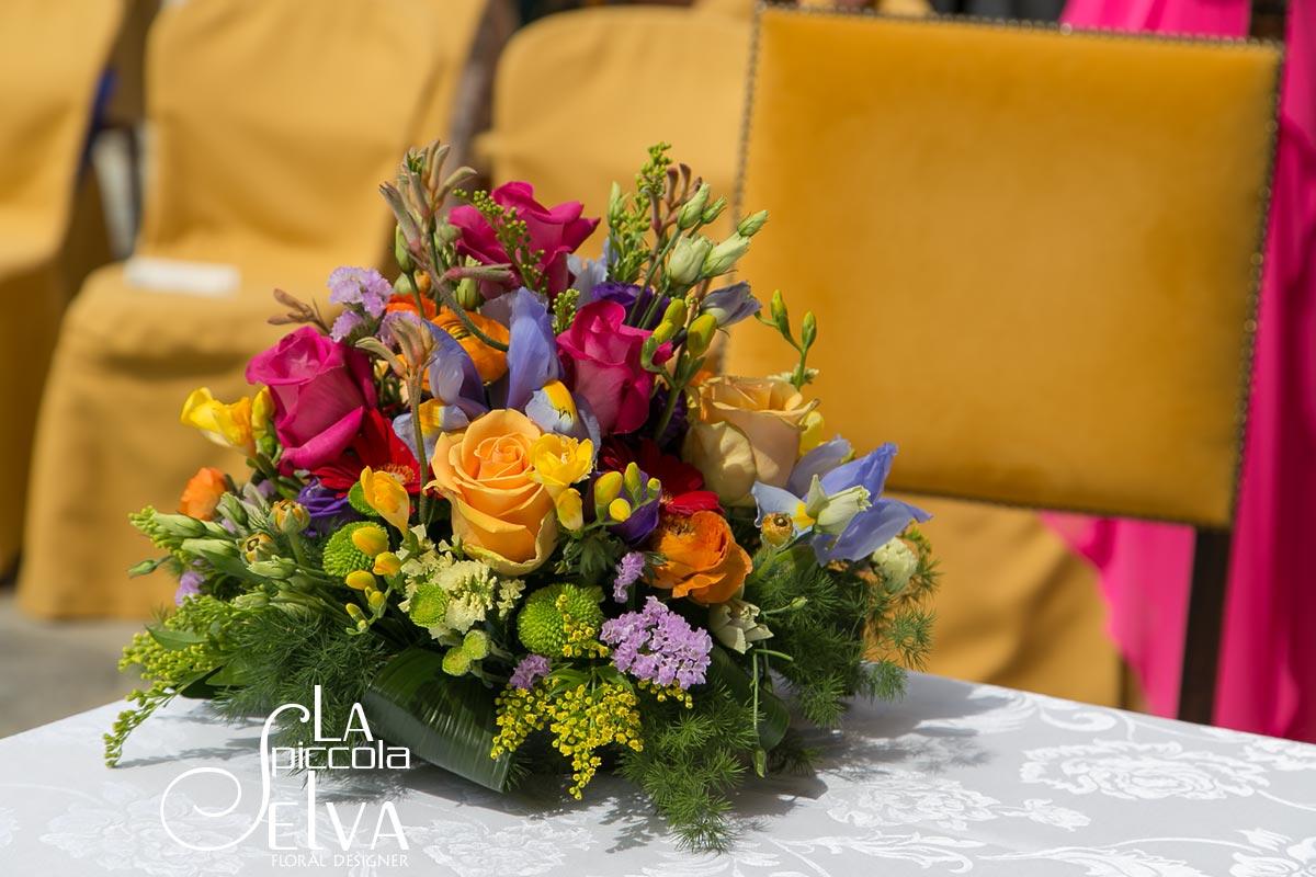 Centrotavola Matrimonio Tema Dolci : Matrimonio a tema fiori arcobaleno sul lago d orta