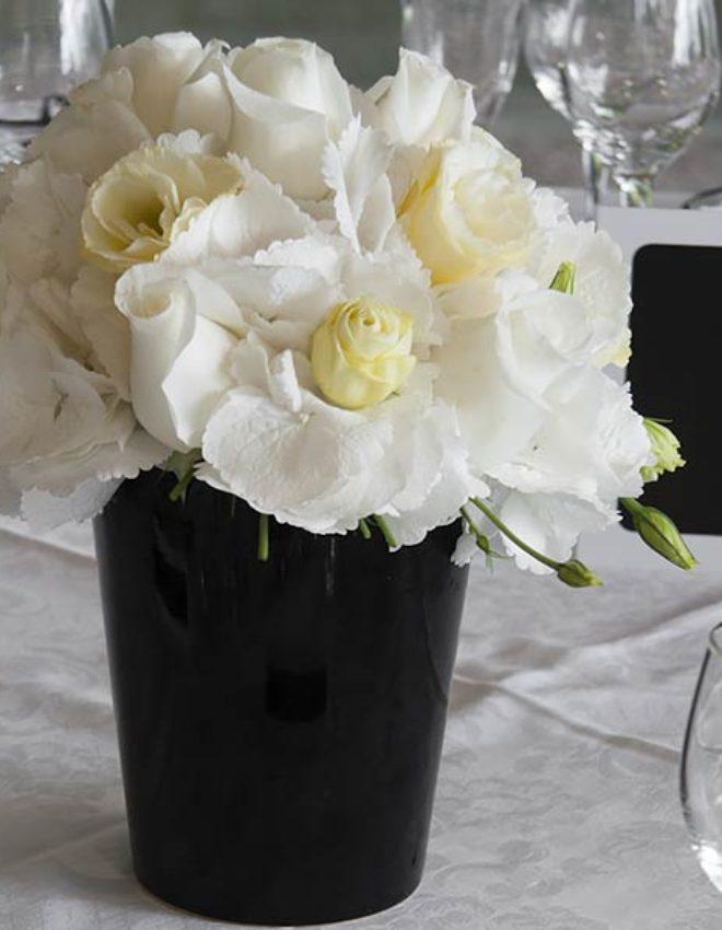 Matrimonio a tema bianco & nero a Villa Rusconi Clerici