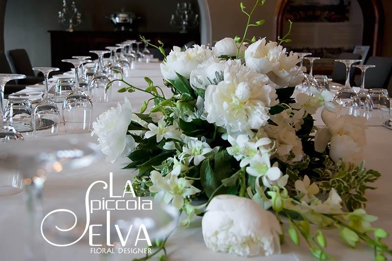 Addobbi floreali e bouquet con peonie - Composizioni floreali per tavoli ...