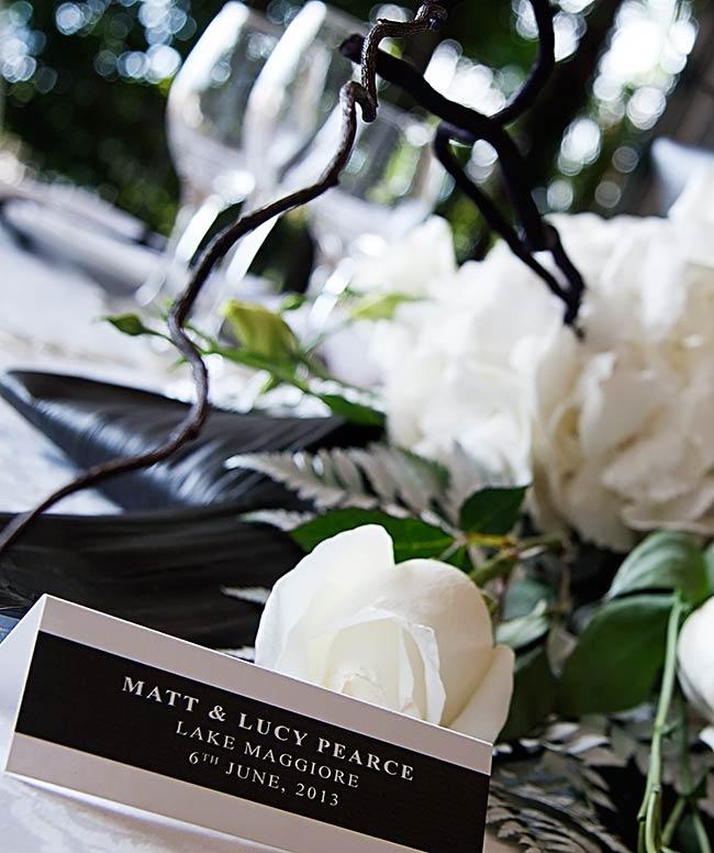 Fiori Bianchi Con Centro Nero.Fiori Per Matrimonio In Bianco E Nero A Villa Rusconi