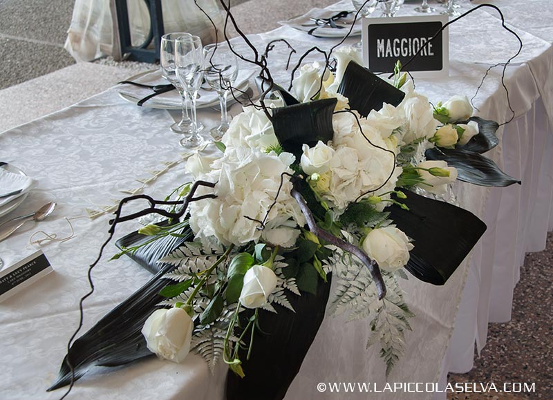 fiori-matrimonio-bianco-nero-villa-rusconi_19
