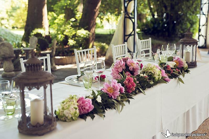 addobbo tavolo sposi a Villa Rusconi
